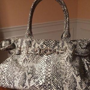 NY&CO Snake Print B&W Handbag- TEMP PRICE DROP